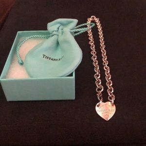 Tiffany & Co traditional heart necklace